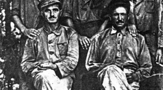 Beregújfalui foglyok egy csoportja