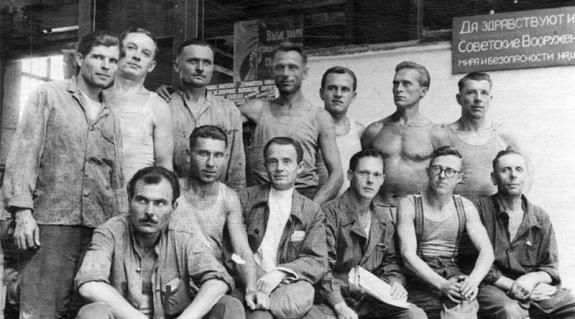 Gulácsy Lajos fogolytársaival