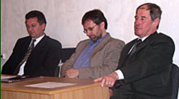Dr. Soós Kálmán, dr. Völgyesi Zoltán és Milován Sándor a konferencián