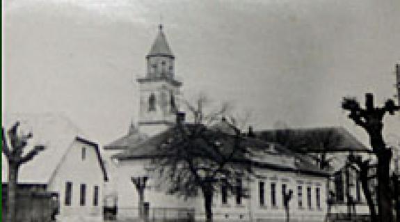 A régi iskolaépület