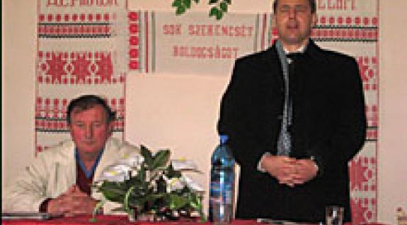 Balogh Zoltán és Kovács Miklós a badalói közgyűlésen