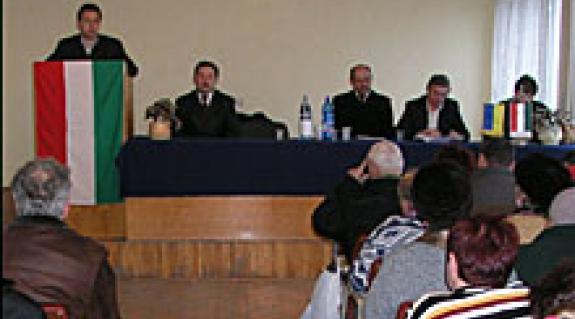 Felvételünk az aknaszlatinai közgyűlésen készült