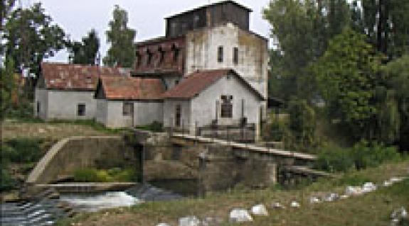 A nagykomjáti vízimalom, amelynek bázisán hozták létre a Nagyszőlősi járás első villanytelepét