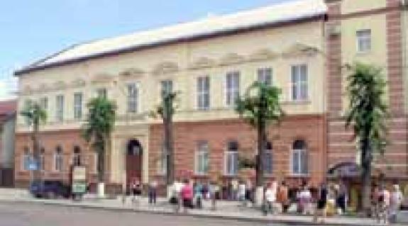 A II. Rákóczi Ferenc nevét viselő munkácsi magyar középiskola