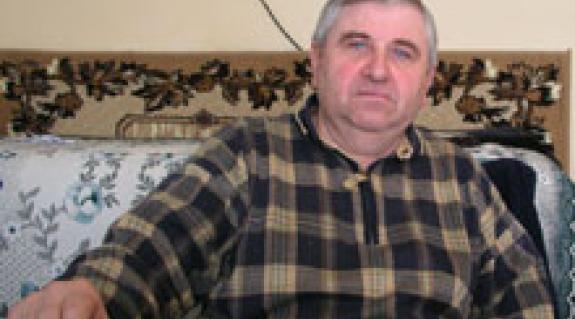 Danka Viktor, a Nevetlenfalui Községi Tanács egyik aklihegyi képviselője