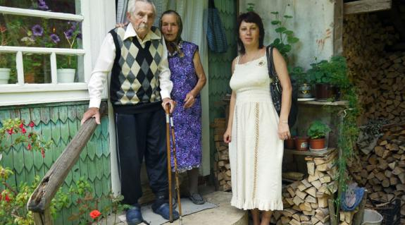 Bobencsuk Sándor feleségével és lányával