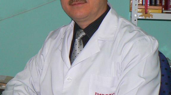Dr. Oroszi Pál onkológus, a Munkácsi Keresztyén Egészségügyi Központ főorvosa