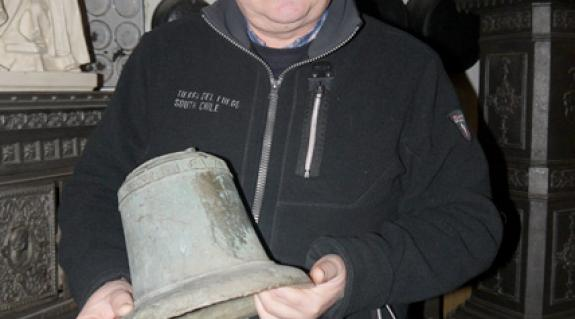 Sepa János a XVII. századi haranggal