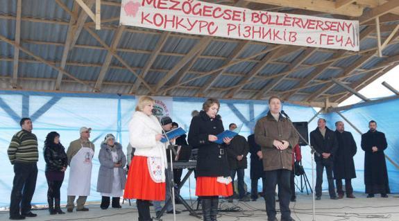 A megjelenteket Kovács Miklós, a KMKSZ elnöke is köszöntötte
