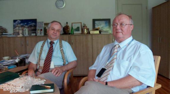 Szalipszki Endre konzul és Viski János vezető konzul