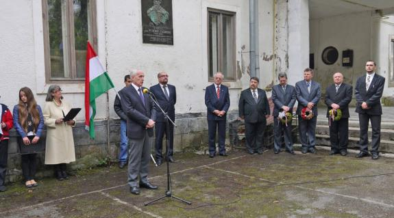 Mikola István államtitkár tart ünnepi beszédet
