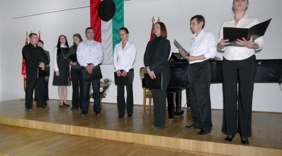A Kárpátaljai Magyar Megyei Drámai Színház művészei