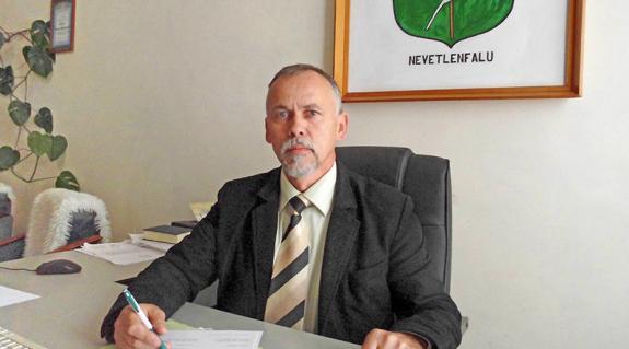 Dr. Oroszi József polgármester