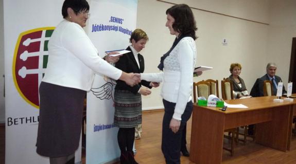 Orosz Ildikó és Ljubka Katalin az átadón
