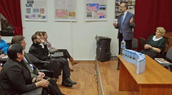 Prószéky Gábor válaszol a hallgatóság kérdéseire