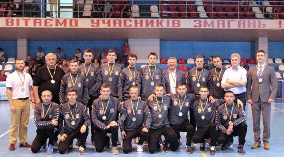 Az ukrán másodosztályú férfi bajnokságban bajnok Kárpáti HC együttese