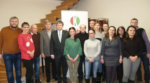 Szilágyi Mátyás és Beke Mihály András a Kárpátalja munkatársaival