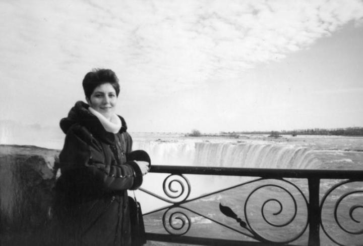 Béres Katalin a Niagara-vízesésnél