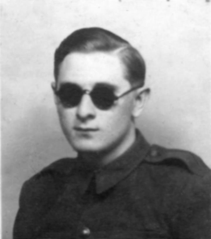Csurgovics László a negyvenes években