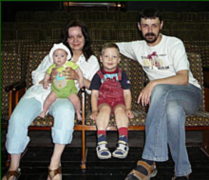 A művésznő és családja