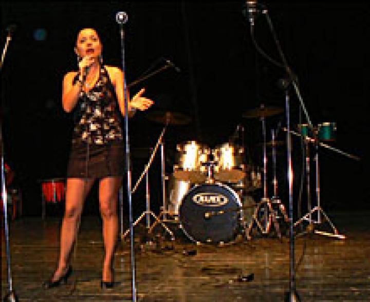 A színpadon Seres Tímea