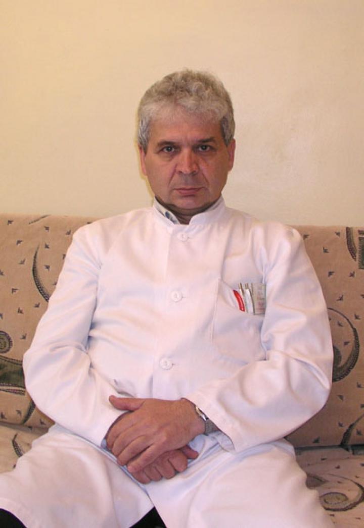 Dr. Lasek László, a Nagyszőlősi Járási Kórház idegosztályának főorvosa