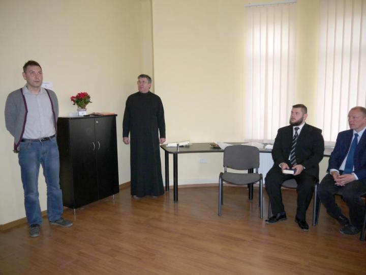 Kurmay Sándor ismerteti az alapítvány tevékenységét