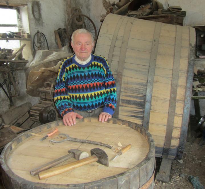 Idősebb Sipos Béla műhelyében