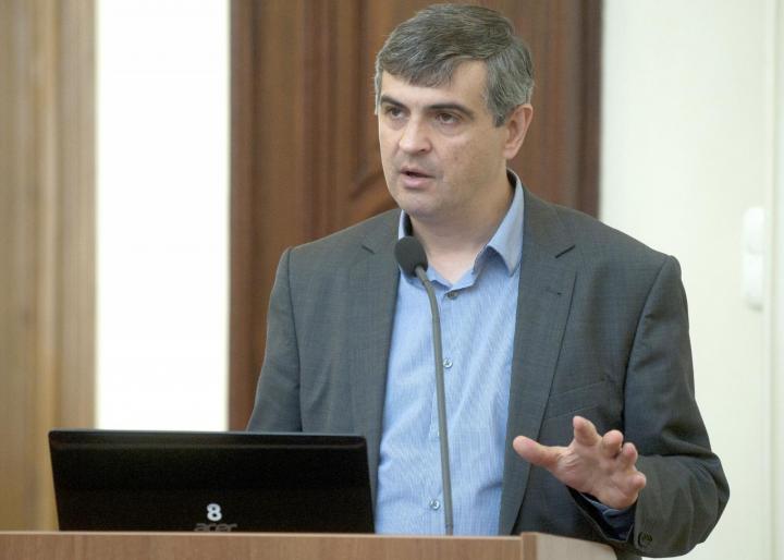 Dr. Csernicskó István