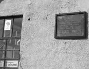 Az ukrán nyelvű tábla helye