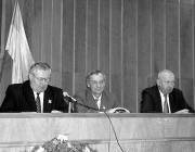 Erdélyi Károly újdonsült tanácselnök és elődje, Revák István
