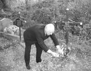 Holló József a beregszászi temetőben