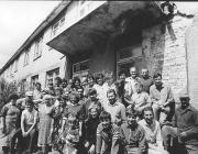Az aknaszlatinai magyar iskola önkéntes építői 1989-ben