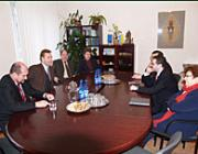 Tárgyalás a KMKSZ ungvári székházában