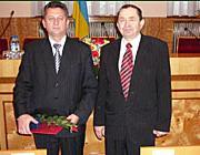 Dr. Soós Kálmán rektor, képviselő, az Ungvári Járási Tanács KMKSZ-frakciójának vezetője és Csizmár Béla, a Beregszászi Járási Tanács elnöke