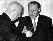 Baráti poharazgatás: Hruscsov és Kádár János anno...
