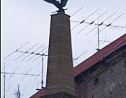 Lebontanák a munkácsi Turul-szobrot...
