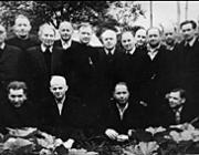 Lőrincz István atya az álló sorban balról a harmadik