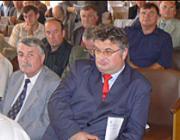 Zubánics László, az UMDSZ elnökségének tagja, az Ukrajnai Magyar Nemzeti tanács elnöke, az 56-os Vitézi Rend tagja, a Beregi Hírlap főszerkesztője, egyetemi tanár, történész