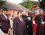 Orosz Ildikó, Bacskai József és Majnek Antal püspök az ünnepségen