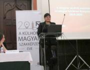 Dr. Orosz Ildikó tart előadást a konferencián